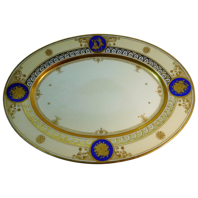 Dresden Porcelain Platter with Gold Incrustation by Ambrosius Lamm, circa 1900 For Sale
