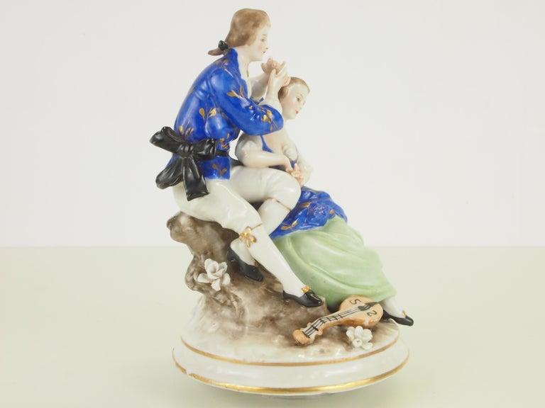 Dresden Porcelain Romantic Couple Statuette by Ackermann & Fritze For Sale 6