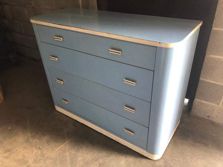 Dresser Lowboy by Norman Bel Geddes for Simmons circa 1930s, Baby Blue and White For Sale 4