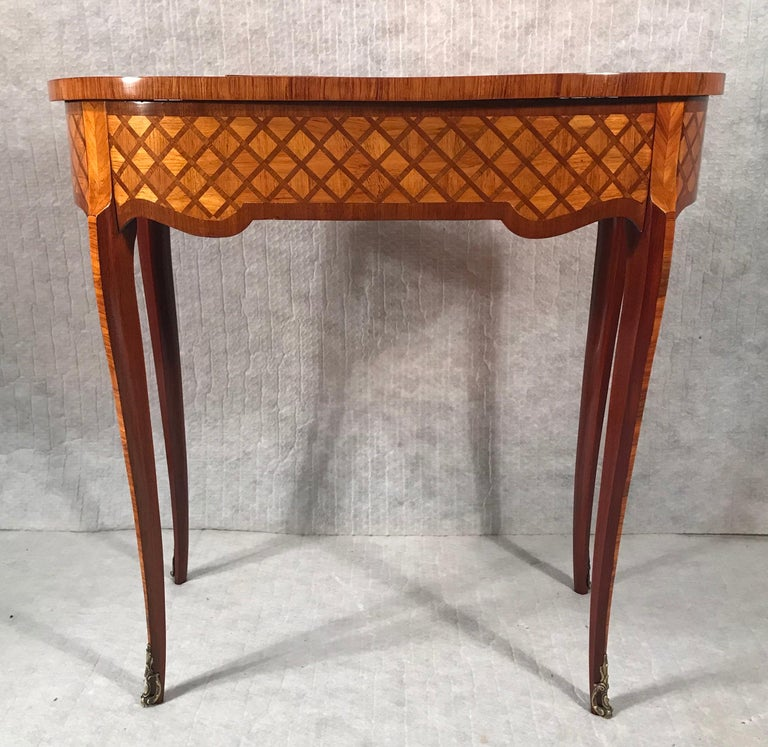 Kingwood Dressing Table, France Second Half of the 19th Century For Sale