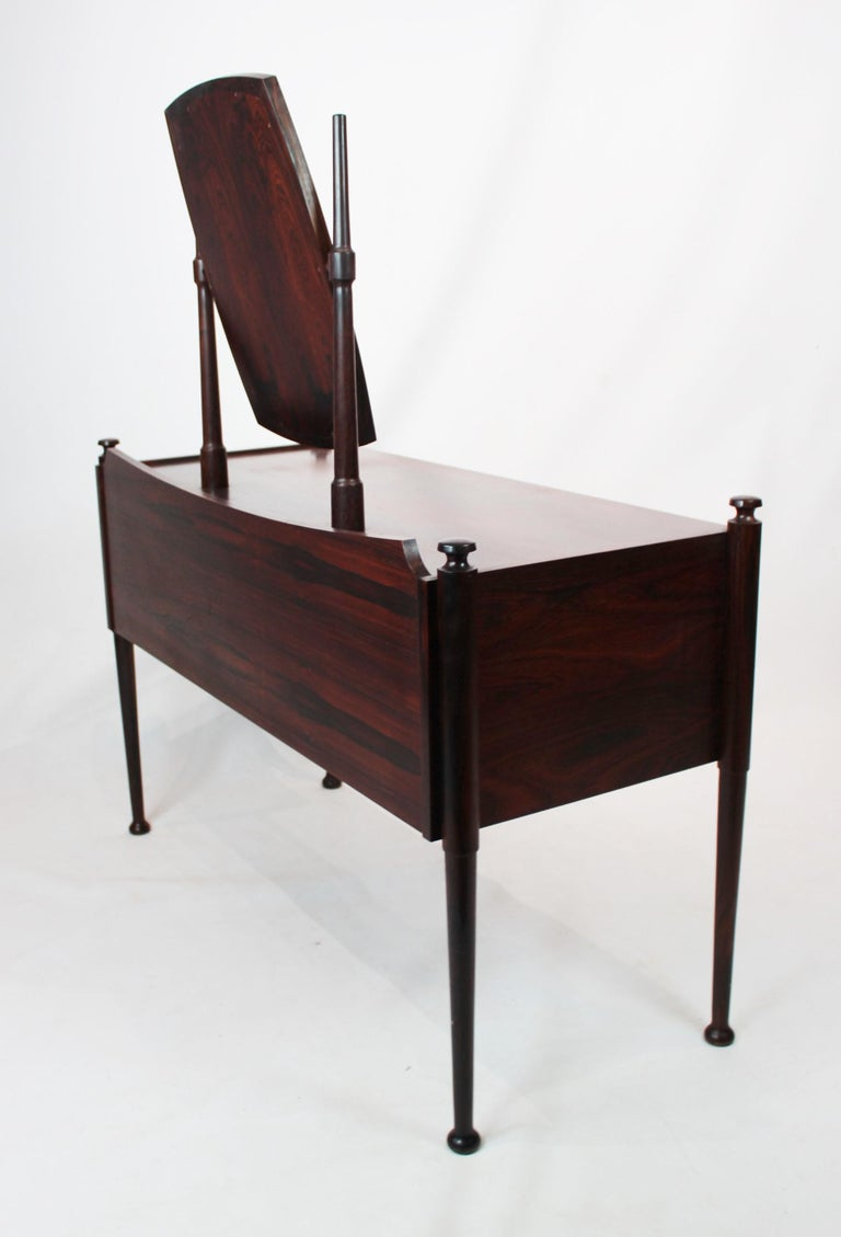 Dressing Table in Rosewood of Danish Design from the 1960s For Sale 2