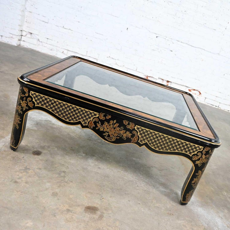 Drexel Heritage ET Cetera Collection Chinoiserie Black Gold Burl Coffee Table In Good Condition For Sale In Topeka, KS