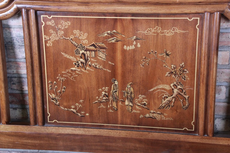 Drexel Heritage Hollywood Regency Chinoiserie King Size Headboard In Good Condition For Sale In South Bend, IN