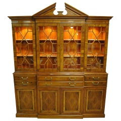 Drexel Heritage Limited Ed #33/275 Heirloom Collection Breakfront China Cabinet