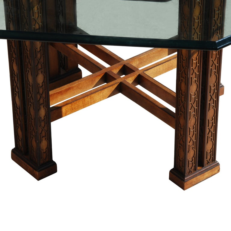 Drexel Heritage 5ft Diameter Intricate Carved Wood Chinoiserie Dining Table In Good Condition For Sale In Pasadena, TX