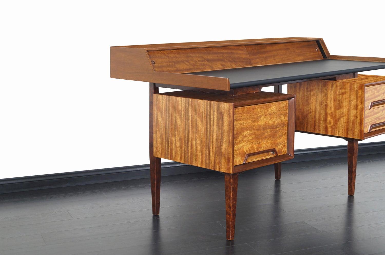 Drexel Perspective Floating Top Desk by Milo Baughman Danish Modern NoHo 7 master