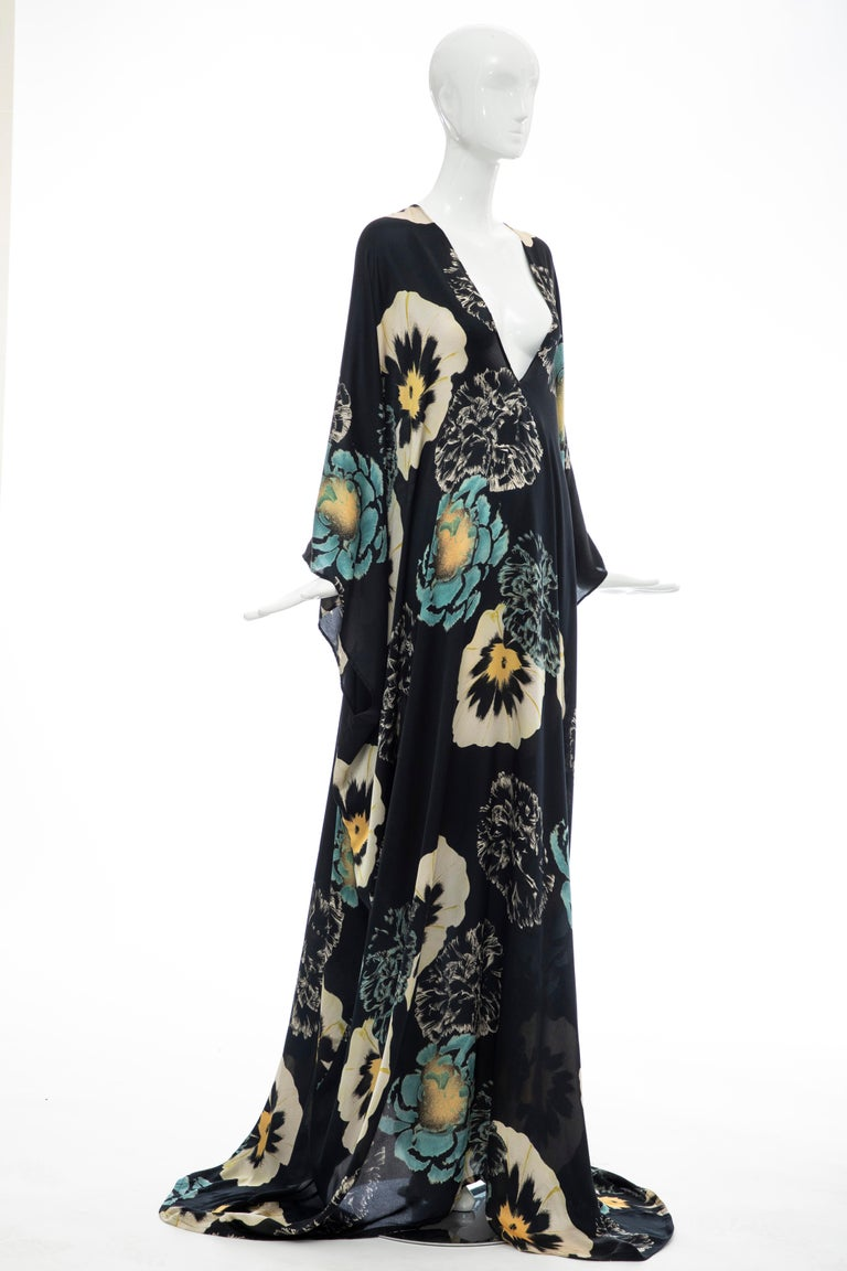 Dries Van Noten Runway Silk Floral Kaftan, Spring 2002 In Excellent Condition For Sale In Cincinnati, OH