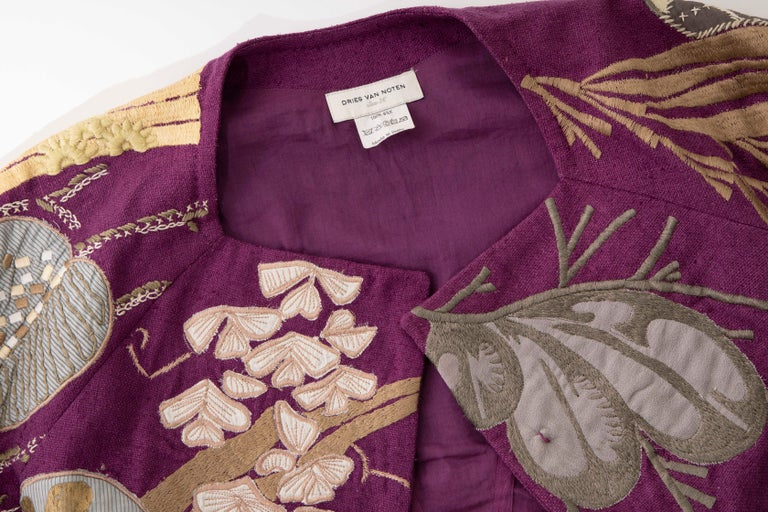 Dries Van Noten Runway Silk Magenta Embroidered Cropped Jacket, Spring 2006  For Sale 6