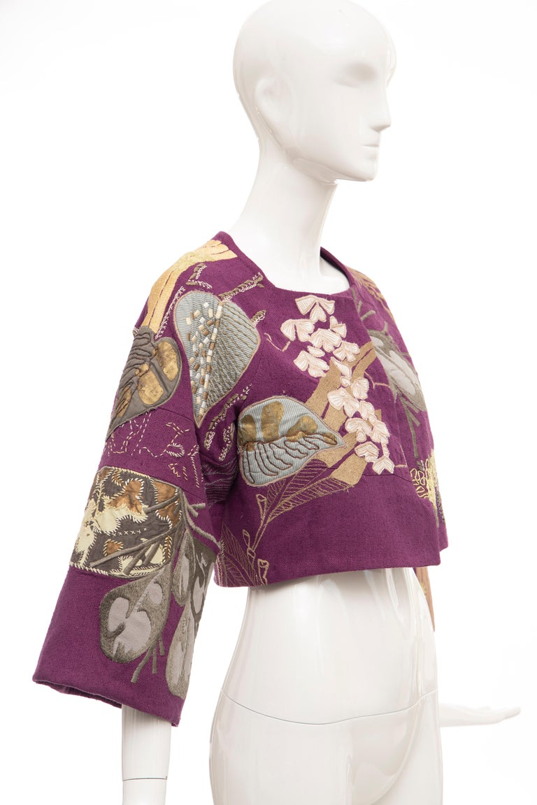 Dries Van Noten Runway Silk Magenta Embroidered Cropped Jacket, Spring 2006  In Excellent Condition For Sale In Cincinnati, OH