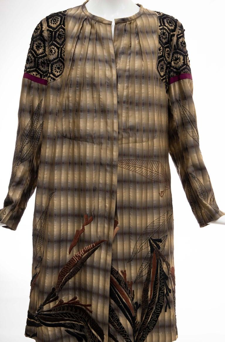 Dries Van Noten Runway Striped Embroidered Silk Lightweight Coat, Spring 2006 In Excellent Condition For Sale In Cincinnati, OH