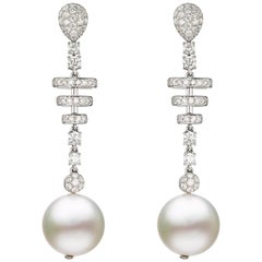 Drop Earring in 18 Karat White Gold with Pearl and Diamond