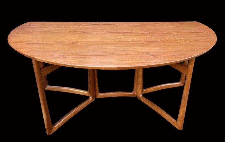 Scandinavian Modern Drop Flap Teak and Brass Dining Table by Peter Hvidt for France & Søn For Sale