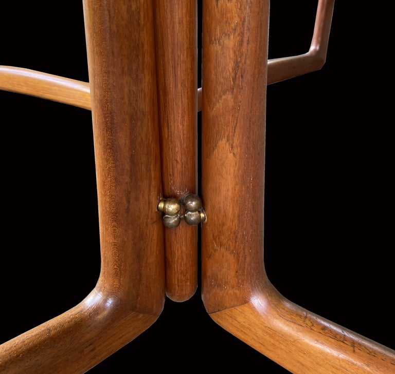 20th Century Drop Flap Teak and Brass Dining Table by Peter Hvidt for France & Søn For Sale