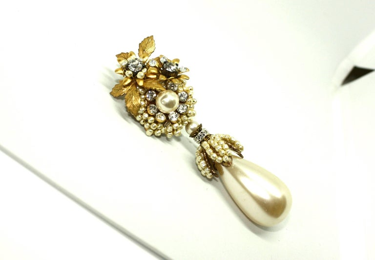 Drop Pearl Clip Earrings by Lawrence Vrba In Good Condition For Sale In Rushden, GB