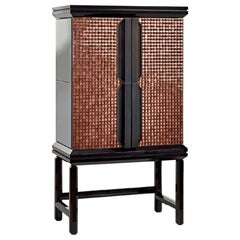 Dry Bar Cabinet Glossy Lacquered Doors Decorated Tiny Diamond Cut Chips Led Int