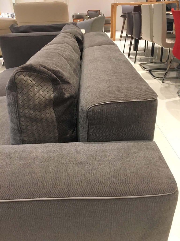DS-247 Grey Fabric and Leather Sofa Sectional with Swivel End Piece by De Sede For Sale 1
