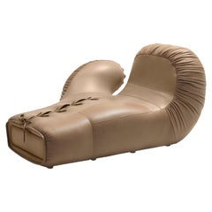 DS-2878 Italian Pop Boxing Glove Chaise Longue Left by De Sede
