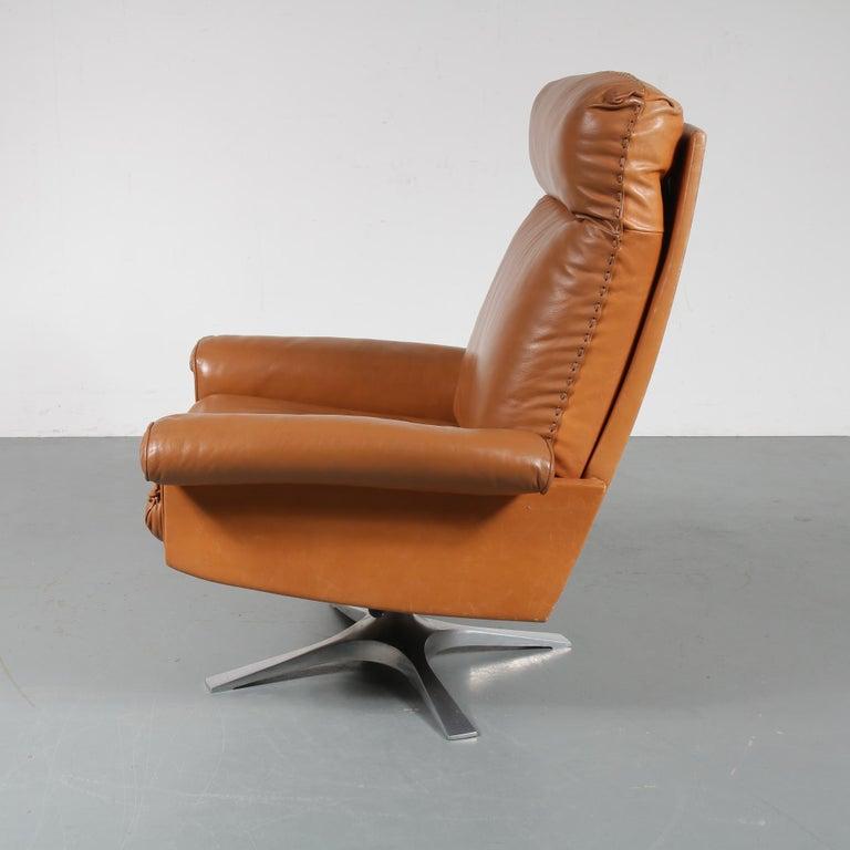 Swiss DS 31 Lounge Chair by De Sede, Switzerland, 1970 For Sale