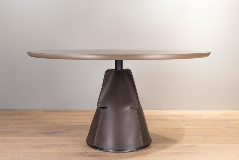 Modern DS-615 Customizable Hand-Stitched Leather and Brass Coffee Table by De Sede For Sale