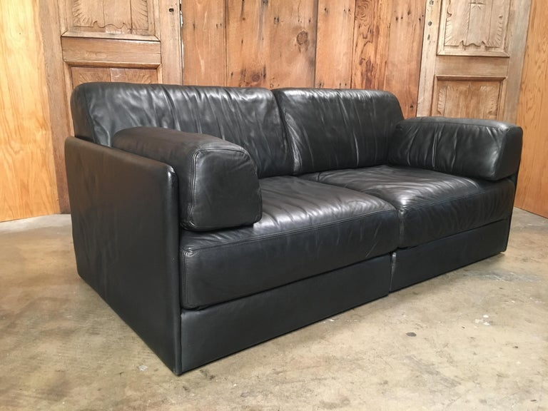 DS 76, De Sede Leather Sofa In Good Condition For Sale In Laguna Hills, CA
