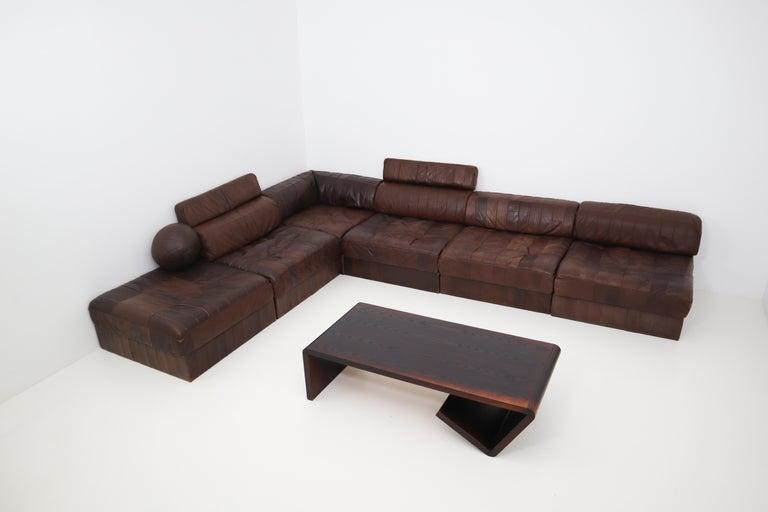 Swiss DS88 Modular Brown-Cognac Leather Patchwork Sofa for De Sede, Switzerland For Sale