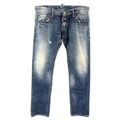 DSQUARED2 Size 32 Blue Wash Denim Button Fly Jeans