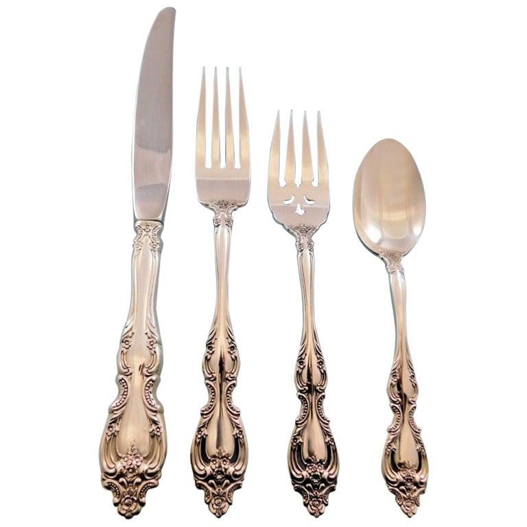 Du Maurier by Oneida Sterling Silver Flatware Set for 8 Service 32 Pieces For Sale