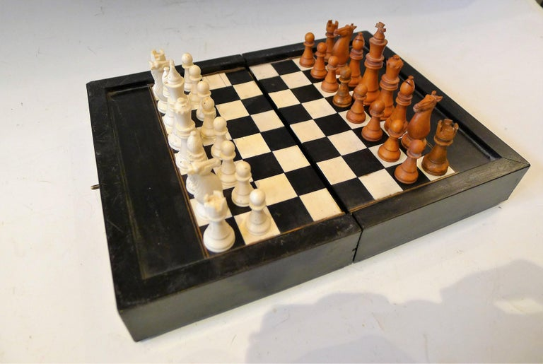 Dual Backgamon and Chess Travel Set, 19th Century For Sale 3