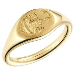 Dubini Scorpion Intaglio 18 Karat Yellow Gold Signet Ring