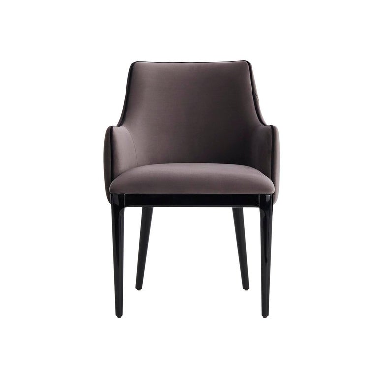 The Dumas dining chair is perfect for a classic or comtemporary dining room decor. Its design is suitable for any room inspiration and the quilted back brings it to a more exquisite level, without loosing the elegance. Dumas is also characterized
