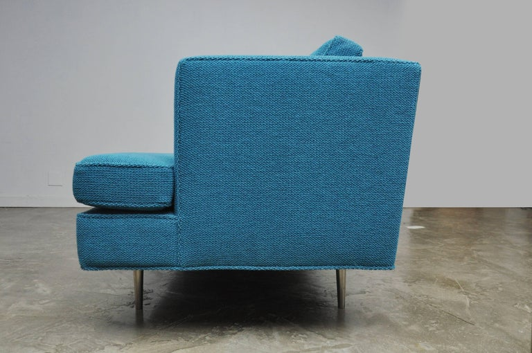 Dunbar Sofa by Edward Wormley, model 4907  In Excellent Condition For Sale In Chicago, IL