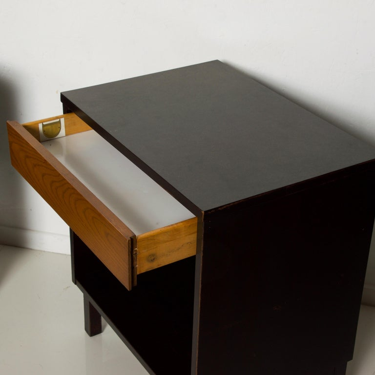 Oak Dunbar by Edward Wormley Two-Tone Nightstands Espresso & Honey Blonde 1960s For Sale