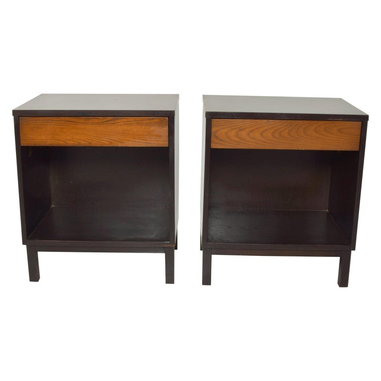 Dunbar by Edward Wormley Two-Tone Nightstands Espresso & Honey Blonde 1960s For Sale