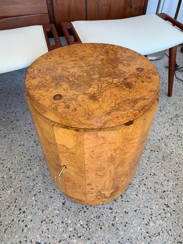 Dunbar Edward Wormley Bar Cabinet Olive Wood Burl In Good Condition For Sale In St.Petersburg, FL