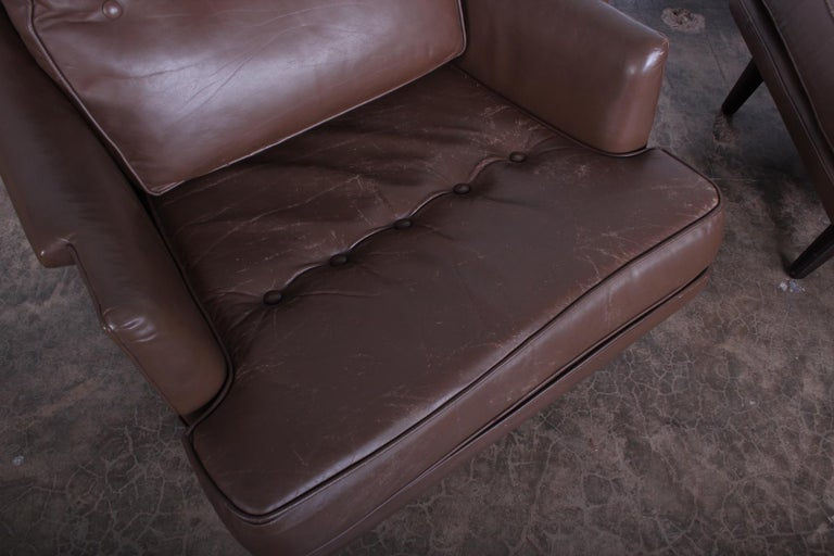 Dunbar Lounge Chair and Ottoman in Original Leather For Sale 5