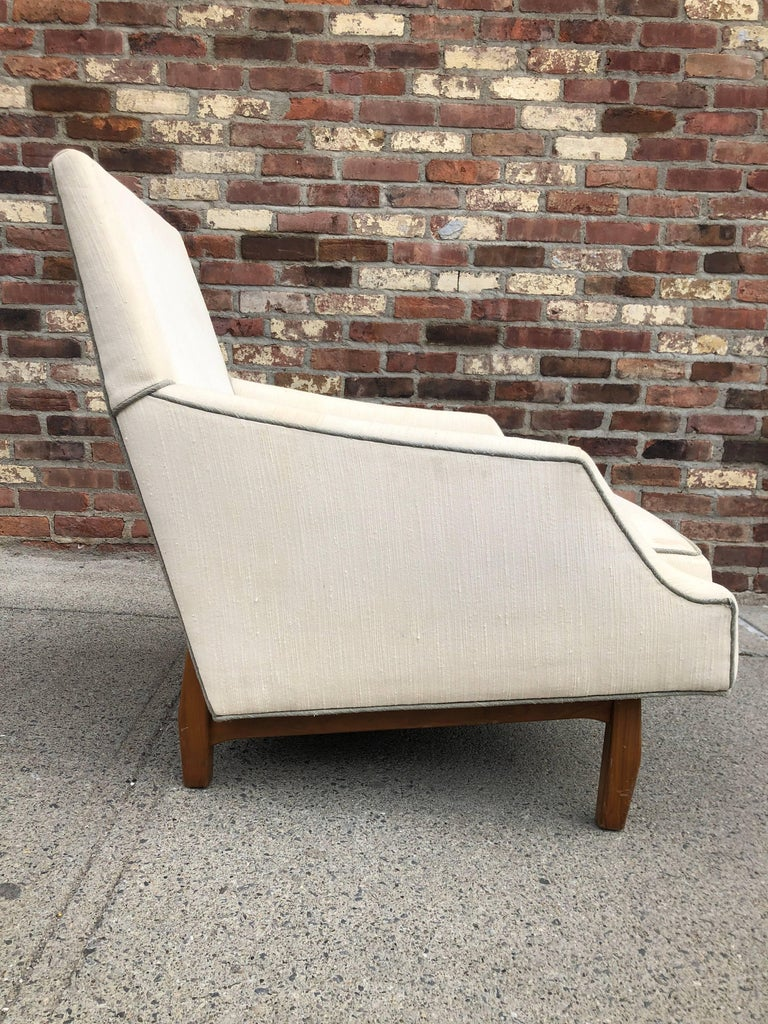 Mid-Century Modern Dunbar Lounge Chair For Sale