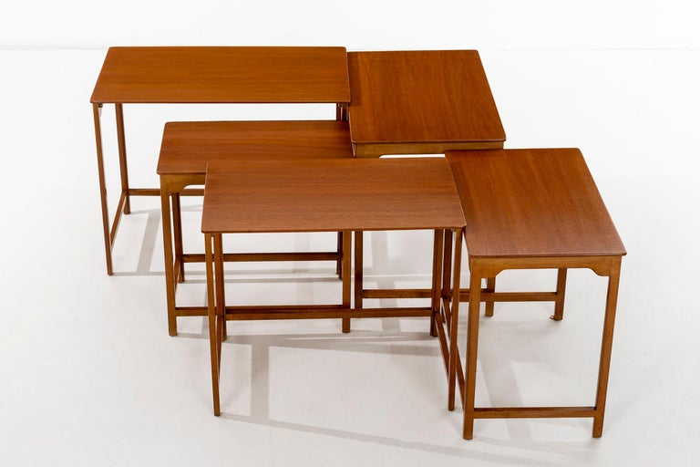 Dunbar Nesting Tables In Excellent Condition For Sale In Chicago, IL