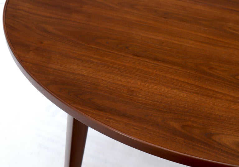Dunbar Round Walnut Dining Table with 2 Extension Boards Leafs Racetrack Shape For Sale 1