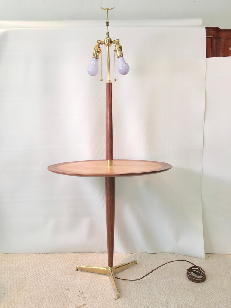 Dunbar Snack Table Floor Lamp, Model 4856, Designed by Edward Wormley In Good Condition For Sale In Hingham, MA