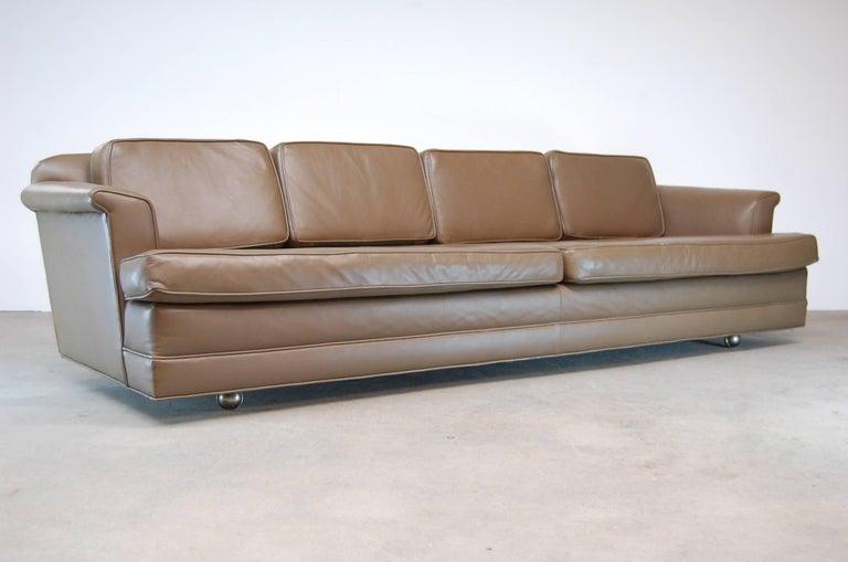 Mid-Century Modern Dunbar Sofa in Leather For Sale
