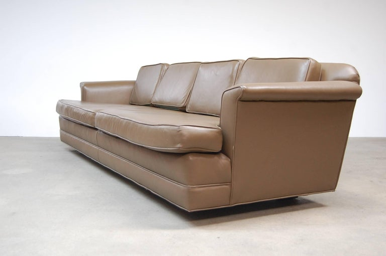 Dunbar Sofa in Leather For Sale 1