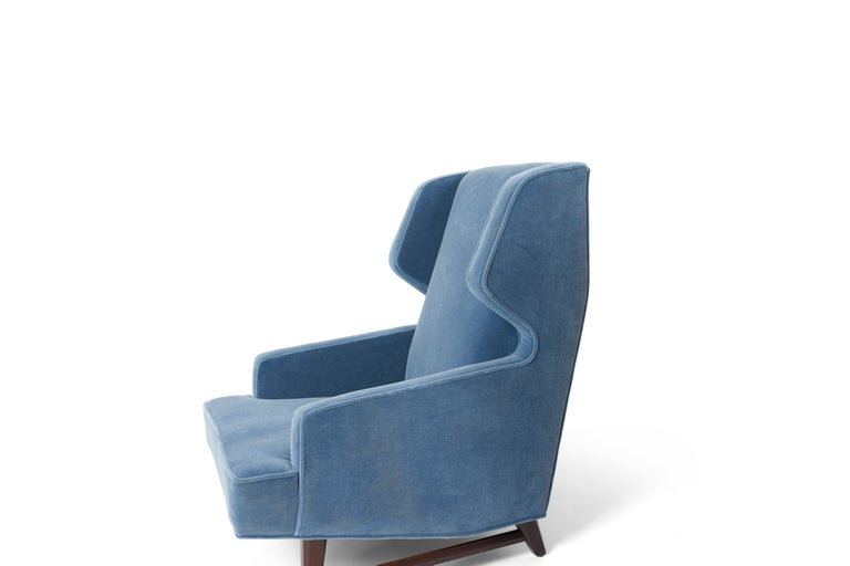 Dunbar Wing Back Lounge Chairs, Edward Wormley In Excellent Condition In Chicago, IL