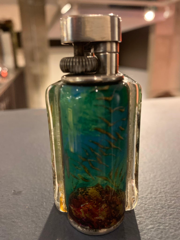 Dunhill Aquarium Lighter  In Good Condition For Sale In New York, NY