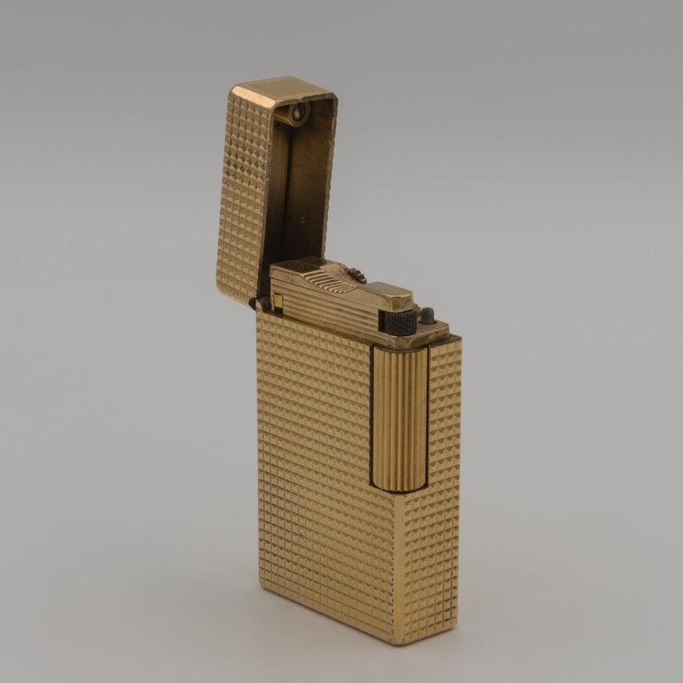 Dupont Gold-Plated Pocket Lighter, circa 1975 For Sale 4