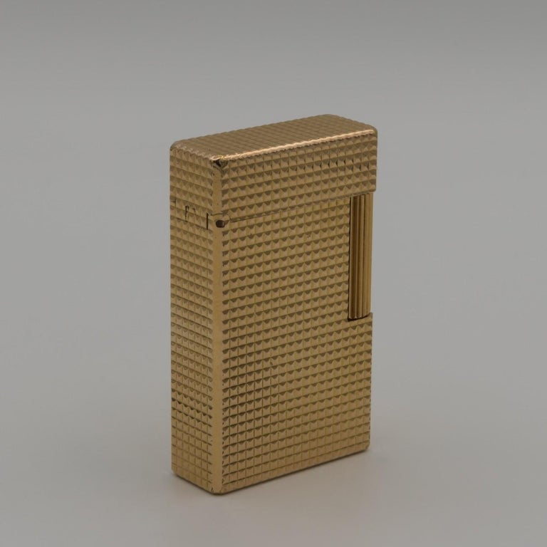 Late 20th Century Dupont Gold-Plated Pocket Lighter, circa 1975 For Sale