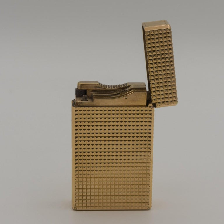 Dupont Gold-Plated Pocket Lighter, circa 1975 For Sale 1
