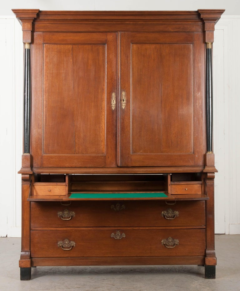 Dutch 19th Century Second Empire Linen Press/Secretary In Good Condition For Sale In Baton Rouge, LA