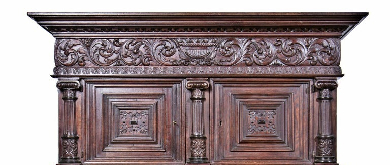 Hand-Crafted Dutch Closet of the 17th Century For Sale