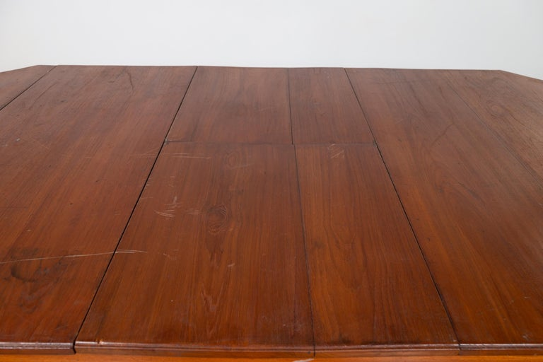 Javanese Dutch Colonial Antique Extension Dining Table with Folding Central Leaf For Sale