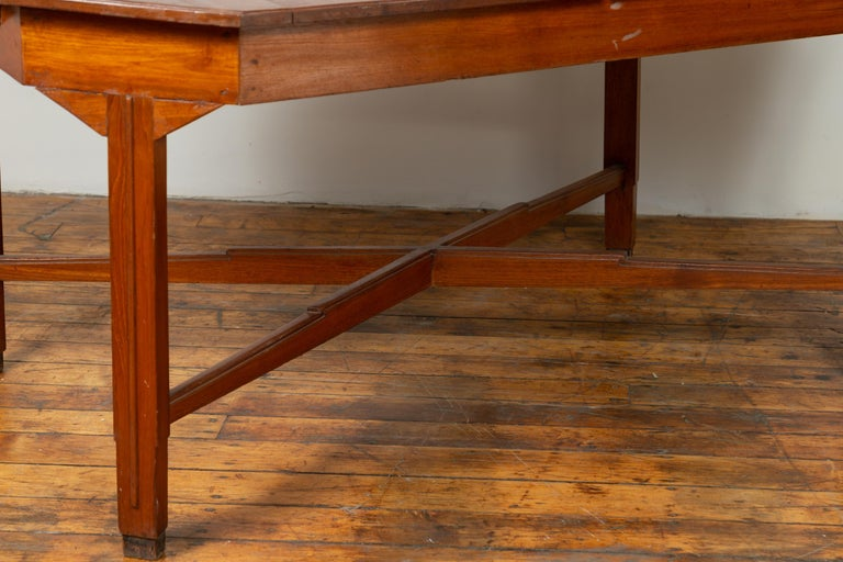 Dutch Colonial Antique Extension Dining Table with Folding Central Leaf For Sale 1